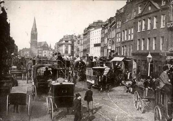 Whitechapel-High-Street-1890s-jack-the-ripper-7893574-567-398