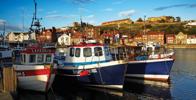 banner-whitby-harbour-2